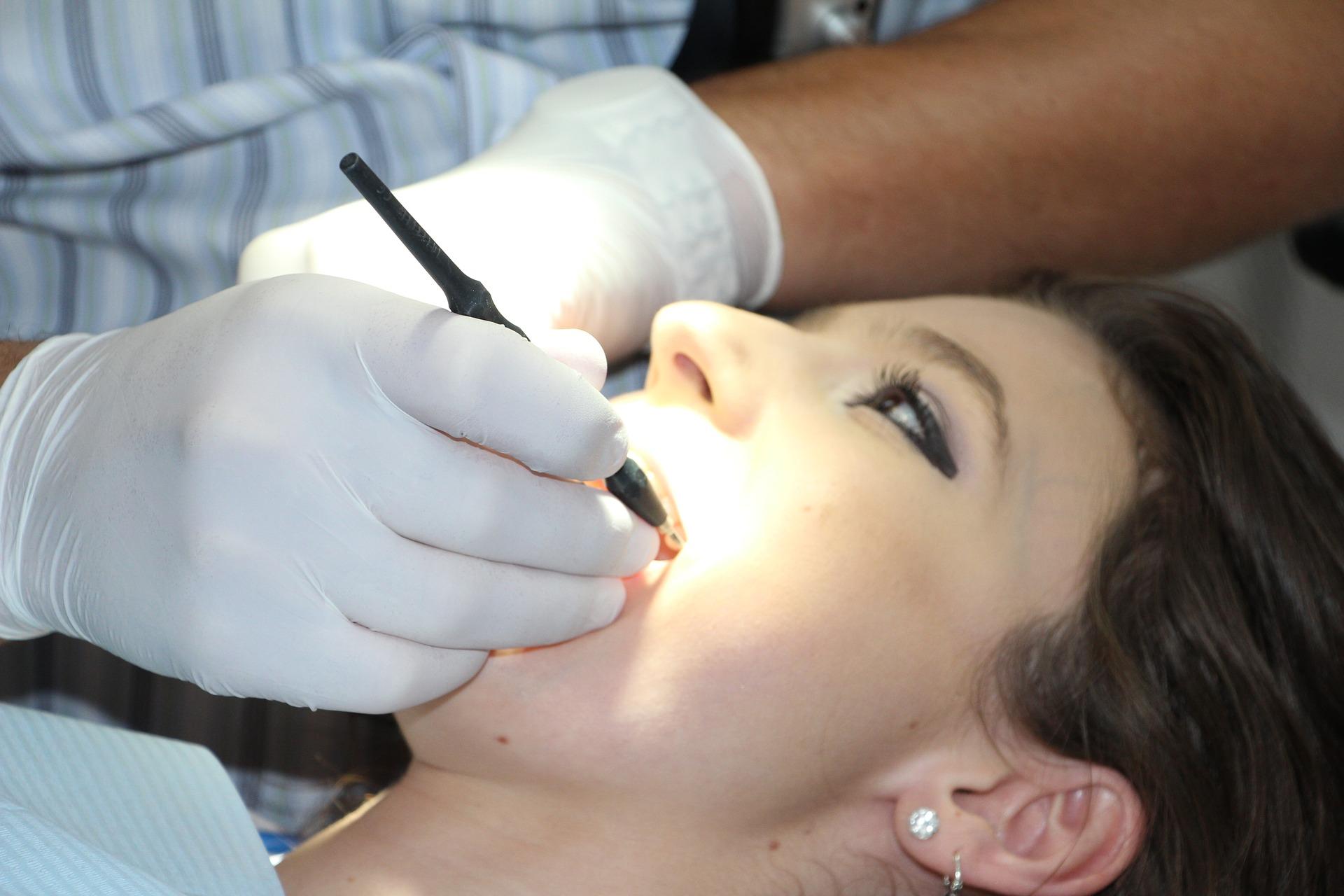 Implanteer - Dentalhygiene München
