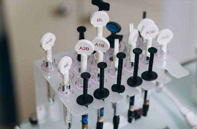 Zahnmaterial Komposit in München – Implanteer